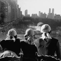 Gordon Parks - Girls wearing bandannas, looking out over Central Park, 1952