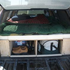 Little Known Ways To Pop Up Camper Storage Ideas Popup Spaces. If you're going to be residing in your camper fulltime, then you desire to make sure you find an RV that's right for your lifestyle and your spacial needs. Truck Shells, Truck Camper Shells, Camper Beds, Diy Camper, Camper Van, Camping Supplies, Camping Hacks, Camping Stuff, Camping Ideas