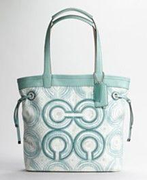 126 best purses coach images coach bags coach handbags coach purse rh pinterest com