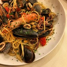 Seafood spaghetti on instantlyitaly.com