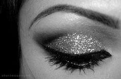 Pretty glimmer eye