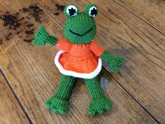 Little Frog. Handmade, knitted with our best quality yarns. Just 8€ on our online store!