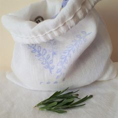 Relaxation get to sleep gift set in hand stamped linen pouches - French lavender & English Epsom Bath salts French Lavender, Lavender Flowers, Blue Flowers, Gifts For Hubby, Stamp Printing, Linen Bag, How To Get Sleep, Bath Salts, Plaid Pattern