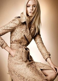Rose Gold Winter Fall Dress Collection 2012 For Ladies By The Burberry (3)