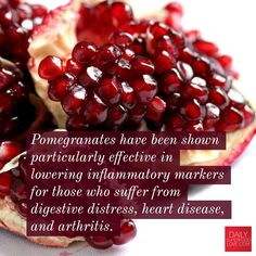 Pomegranates have been shown particularly effective in lowering inflammatory markers for those who suffer from digestive distress, heart disease, and arthritis. #superfood #dailysuperfoodlove #superfoods