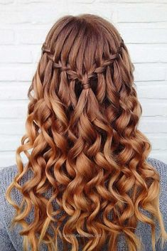 Look Over This Half up half down prom hairstyles are really trendy this season. Check out our photo gallery of the most fabulous hairstyles to get inspired.  The post  Half up half down prom hairstyle ..