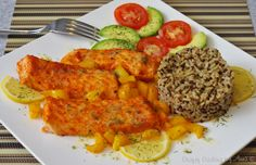 Delicious Broiled Salmon and peppers with Quinoa & Brown Rice (Costco).