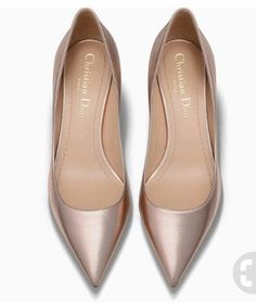 Minimalist Shoes - My Minimalist Living Pretty Shoes, Beautiful Shoes, Cute Shoes, Me Too Shoes, Shoe Boots, Shoes Sandals, Flat Shoes, Flat Sandals, Dream Shoes