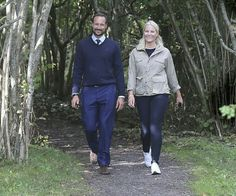 On August 31, 2016, Crown Prince Haakon and Crown Princess Mette-Marit of Norway arrived at Kragerø city in order to attend the celebrations relating to the 350th anniversary of establishment of Kragerø city. Kragerø received town privileges in 1666. In the days of the sailing ships, Kragerø was one of Norway's largest port cities. Crown Princess Mette-Marit wore Prada Dress.