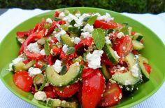 komkommer, tomaat en zoete paprika met feta (640x418)