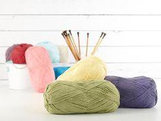 Check out Bernat Handicrafter Big Ball Cotton Yarn on Craftsy!