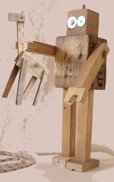 """Alicucio. Sculture/gioco create attraverso l'utilizzo di ritagli del materiale di scarto utilizzato per la realizzazione degli oggetti di design. """"Lo scarto dello scarto"""". Pezzi unici"""