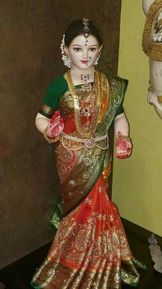 Gombe habba look at that beautiful simple sweet face dove radha! Gauri Decoration, Decoration For Ganpati, Saraswati Goddess, Shiva Shakti, Ganapati Decoration, Wedding Doll, Indian Dolls, Hindu Deities, Indian Festivals