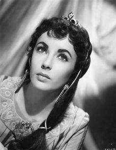 Elizabeth Taylor (in Ivanhoe)