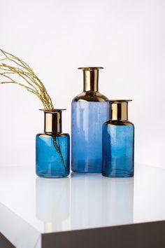 Vaza Corvo Blue / Gold, Sticla, Ø11xH22 cm #homedecor #decorations #blue #inspiration #style #trends Blue Colors, Blue Gold, Interior Design, Inspiration, Vintage, Home Decor, Style, Raven, Nest Design