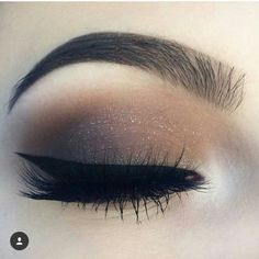 30 Pretty Christmas Makeup Ideas To Make You Look Hot Makeup Is Life, Makeup Goals, Love Makeup, Makeup Inspo, Makeup Inspiration, Makeup Tips, Beauty Makeup, Makeup Ideas, Kiss Makeup