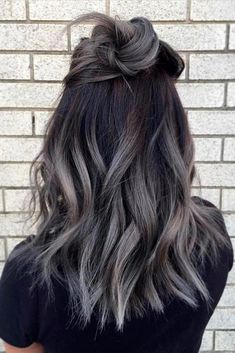 Brunette Hair With Highlights, Hair Color Highlights, Hair Color Balayage, Gray Balayage, Blonde Hair, Silver Highlights, Ombre Hair Brunette, Ombre Hair Color For Brunettes, Balayage Brunette
