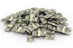 Što bi vi napravili da ste našli veću sumu novaca prilikom online kupnje staroga ormara? Naručili ste neki stari ormar koji Vam se svidio, počeli otvarati ladice, gledati je li sve štima i odjednom... ispadne plastična vrećica u kojoj je 98.000 dolara