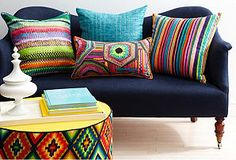 I really want a navy blue couch with bright color throw pillows