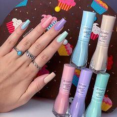 ⭕ Quer aprender a fazer lindas unhas fortes como está, clique no link azul do meu perfil Repost . Clique no link azul no meu… Minimalist Nails, Stylish Nails, Trendy Nails, Vernis Rose Pale, Nagel Hacks, Fall Nail Art Designs, Best Acrylic Nails, Dream Nails, Pastel Nails