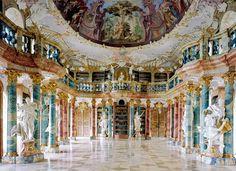 Wiblinglen Abbey Library à Ulm en Allemagne