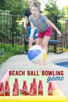 A fun pool noodle hack, create and outdoor bowling alley out of coke bottles, pool noodles and a yoga mat. A cute backyard game for summer