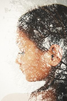 Andre De Freitas shares beautiful double-exposure photography and chilling zombie portrait illustrations on his website.