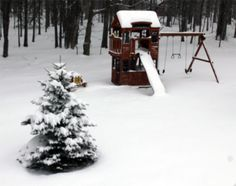 """Ray Barrier of Rileyville, Virginia says Grandson's House in 14 inches of snow."""" #WHSVsnow"""
