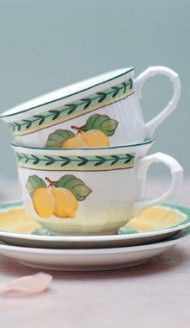 #yellow #lemons on dinnerware | French Garden Fleurence collection