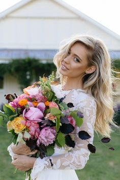 Gorgeous bride and a stunning bouquet