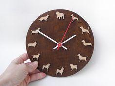 Hayvan Desenli Ahşap Duvar Saati Çap: 40cm Siparişleriniz için mesaj atmanız ya da sayfamızı ziyaret etmeniz yeterli.