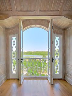 French doors with that few in my home! Looks Cool, Interior And Exterior, Interior Doors, Interior Office, Modern Interior, Interior Design, My Dream Home, Windows And Doors, Architecture Details