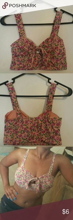 *BOGO NEW YEARS SALE* Peach Flower Print Crop Top Not H&M Just for views  --Gently used --Cute for Summertime Beach Trips --Easy to pair with a pair of jean shorts or skinnies and a pair of sexy heels 😉  REASONABLE OFFERS CONSIDERED  OPEN TO TRADES H&M Tops Crop Tops