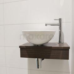toiletmeubel, toiletfontein met waskom Sink, Home Decor, Design, Bathroom Furniture, Apartment Bathroom Design, Courtyards, Guest Toilet, Sink Tops, Vessel Sink