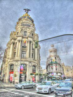 Gran Vía de Madrid España. Vista del Edificio por Realzamostusfotos
