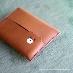 いいね!338件、コメント28件 ― M.Kumagaiさん(@admaiora_designare)のInstagramアカウント: 「Pocket tissue case . #leather #leathercraft #leatherwork #leathergoods #handmade #革 #Bespoke…」