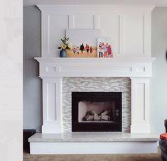 Family room design – Home Decor Interior Designs Fireplace Redo, Home Fireplace, Home, Fireplace Design, Family Room, Fireplace Mantel Designs, Living Room With Fireplace, Fireplace Remodel, Fireplace Makeover