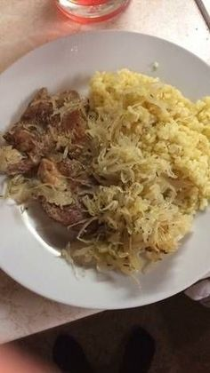 Pork Dishes, Meat Recipes, Nutella, Cabbage, Spaghetti, Food And Drink, Vegetables, Cooking, Ethnic Recipes