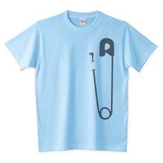 「コブラ Ⅲ」デザインの5.6オンスTシャツ (Printstar)です。3点以上で送料無料。関連タグ「ポップ,動物,カジュアル,へび,安全ピン」デザイン説明:安全ではない安全ピン。 | Tシャツトリニティは多種多様なデザイナーが出店するデザインTシャツ通販専門モールです。