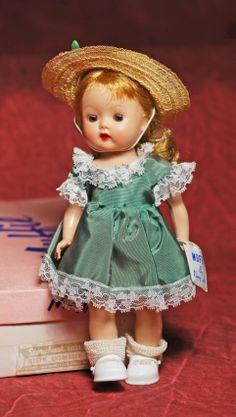"""MUFFIE BY NANCY ANN STORYBOOK DOLLS. 8"". Hard : Lot 241"