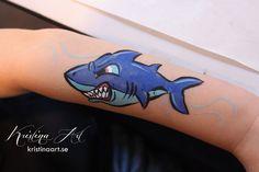Face painting shark. Ansiktsmålning haj. kristinaart.se