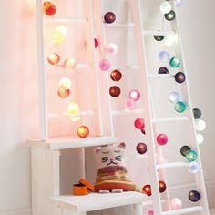 Le guirlande lumineuse boule de coton design