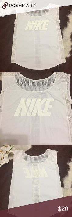 ⭐NIKE TOP ⭐ IN GOOD CONDITION NO STAINS NO HOLES! Nike Tops