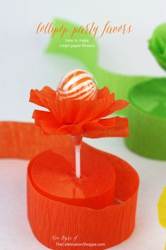 How To Make Crepe Paper Flower Lollipops {DIY Party Favor} centerpiece and favors in one Lollipop Party, How To Make Crepe, Ideias Diy, Candy Bouquet, Partys, Crepe Paper, Holiday Parties, Holiday Crafts, Paper Flowers