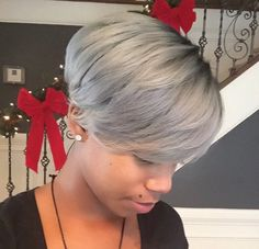 20 Bold Short Haircuts and Hair Color Ideas for Women Medium Short Hair, Short Hair Cuts, Short Hair Styles, Pixie Styles, Blond, Sassy Hair, Pretty Hairstyles, Grey Hairstyle, Ladies Hairstyles