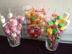 más y más manualidades: Crea llamativas brochetas de dulces para obsequiar