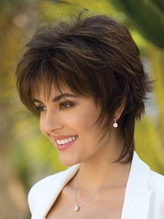 Blindsiding Cool Ideas: Women Hairstyles Medium Bangs how to cut shag hairstyles.How To Cut Shag Hairstyles. Edgy Short Haircuts, Short Shag Hairstyles, Pixie Haircuts, Hairstyle Short, Hairstyles 2018, 2018 Haircuts, Teenage Hairstyles, Everyday Hairstyles, Trendy Hairstyles