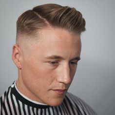 101 Short Back & Sides Long On Top Haircuts To Show Your Barber in 201 – Regal Gentleman Top Hairstyles For Men, Older Mens Hairstyles, Side Part Hairstyles, Quiff Hairstyles, Pompadour Hairstyle, Cool Mens Haircuts, Wedding Hairstyles, Hairstyle Men, Modern Haircuts
