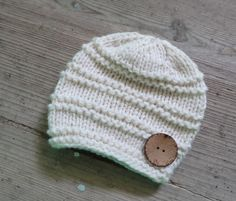 Baby hat with coconut button Knit Cable Girl Hat  by Ifonka