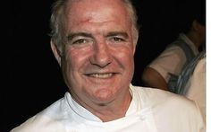 Rick Stein makes good seafood dishes, makes you wanna jump into the tv set and eat up whatever he cooks!